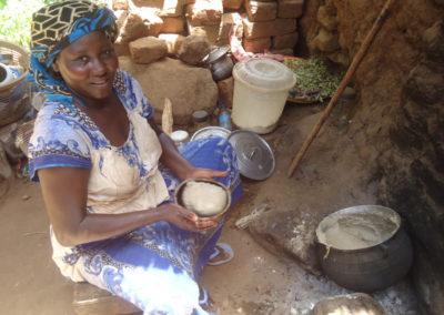 2 De buurvrouw maakt de dagelijkse boule klaar